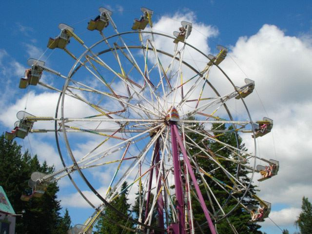 Ferris wheel at Tour de Terrace 2012 celebration.