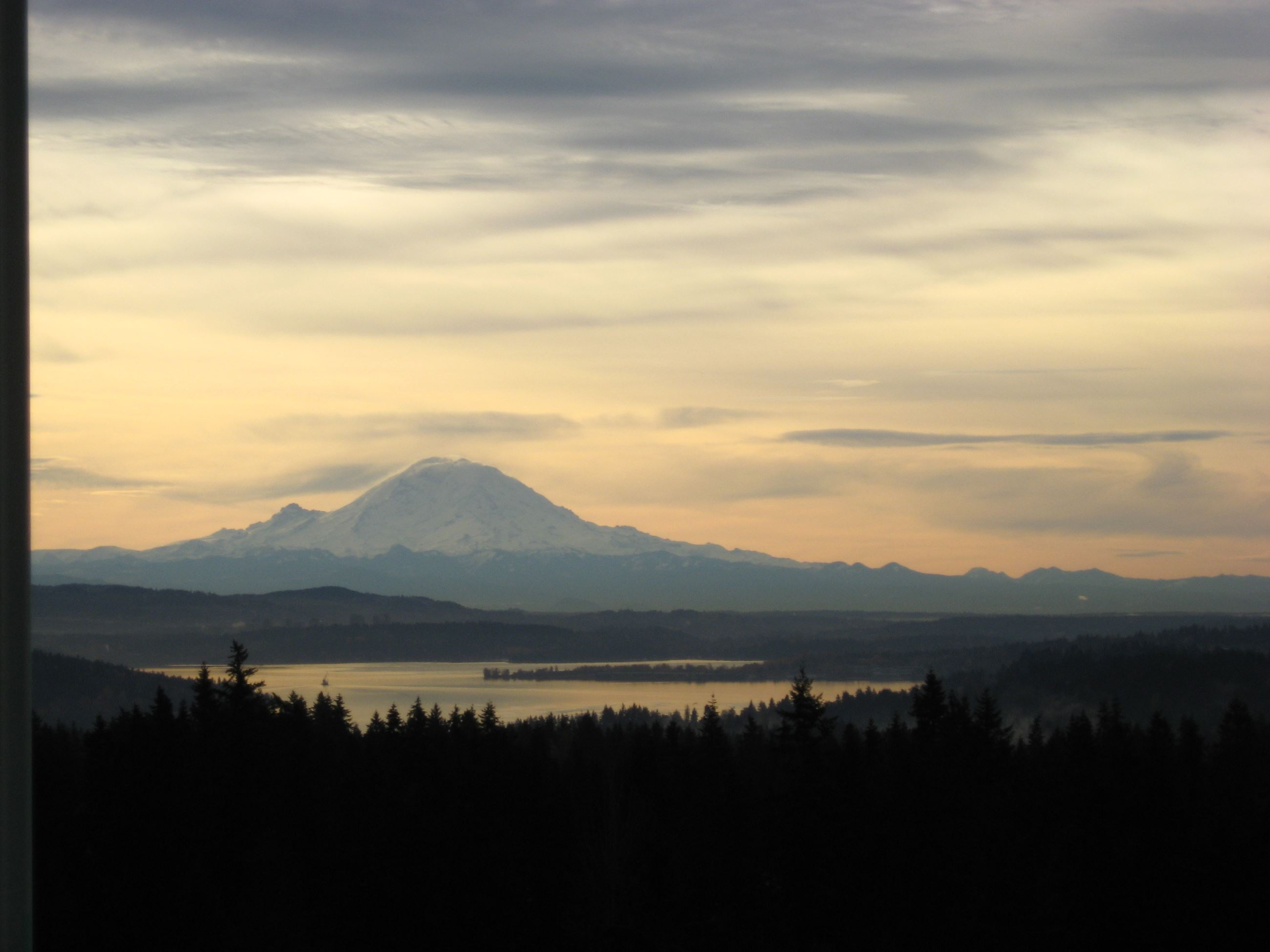 Mt Rainer from Water Tower